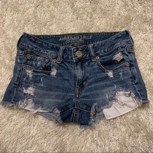 💥American Eagle denim shorts